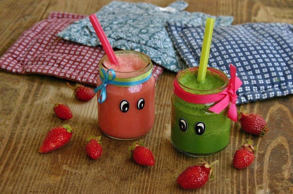 Easy Snacks for Kids - Hidden Veg Smoothie