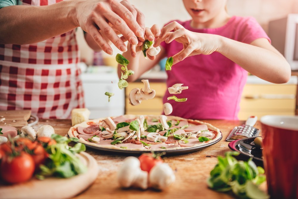 Fun Cooking Ideas With Kids - Homemade Pizza And Tomato Sauce