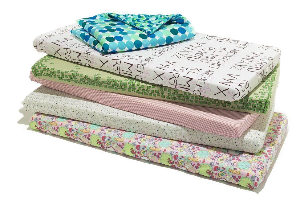 How To Choose The Right Crib Mattress Material