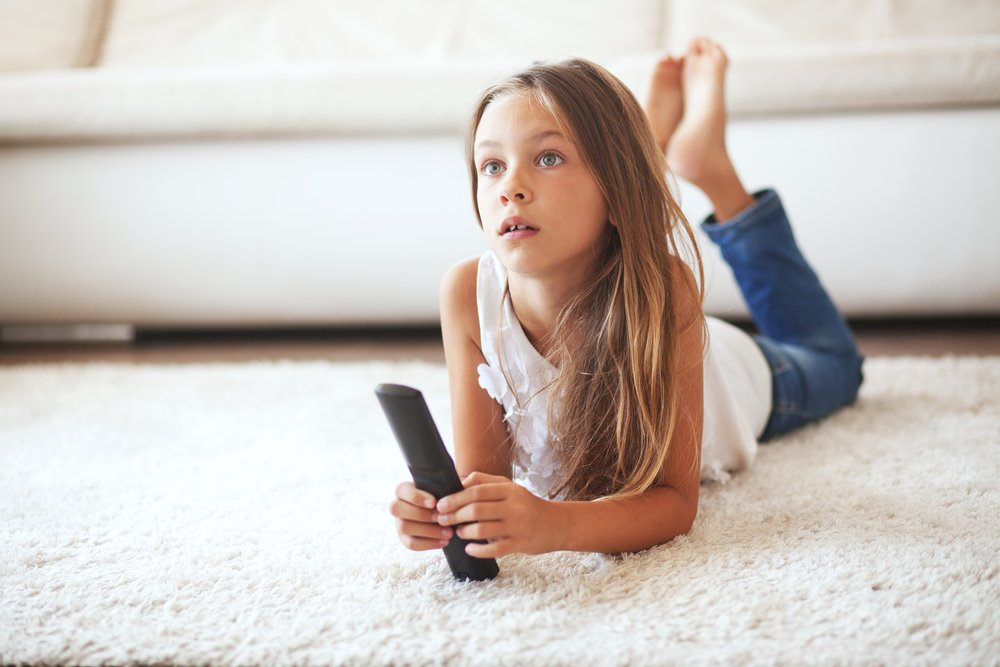 How Much TV Is Too Much TV? The Guidelines For Screen Time