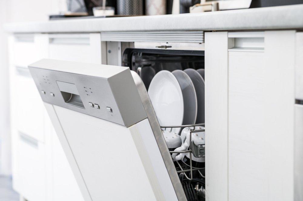 Use Lemon In The Dishwasher