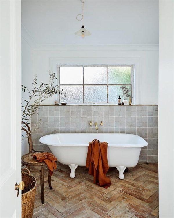 100% Linen Waffle Bath Towel in Rust - Bed Threads