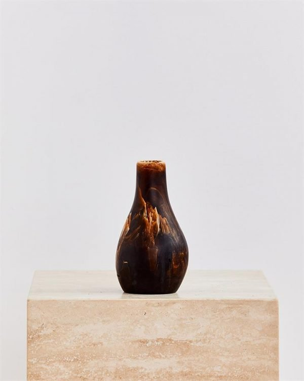 Dinosaur Designs Medium Liquid Vase In Dark Horn Swirl - Bed Threads