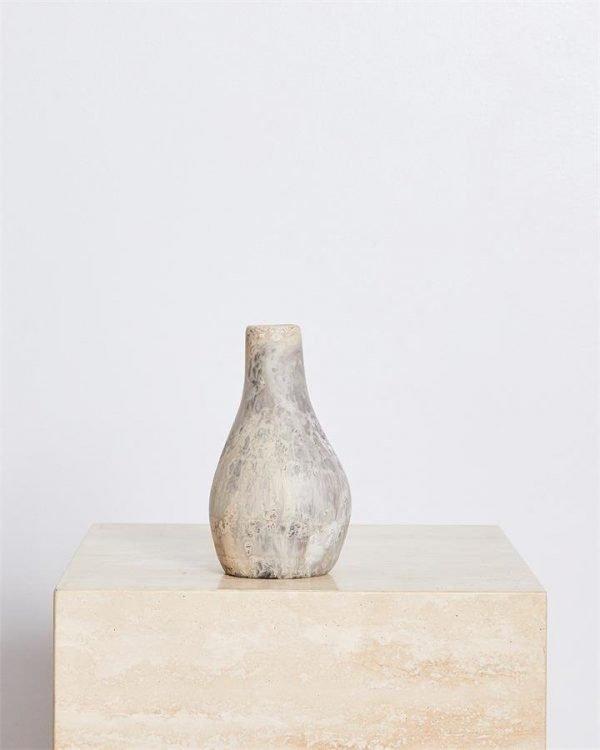Dinosaur Designs Medium Liquid Vase In Sandy Pearl - Bed Threads