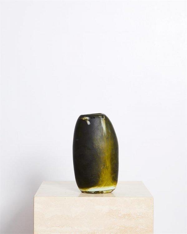 Dinosaur Designs Medium Pebble Vase In Malachite Swirl - Bed Threads
