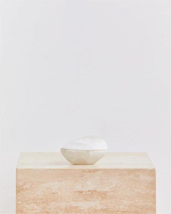 Dinosaur Designs Volcanic Jar In Swirl White & Clear - Bed Threads