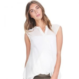 Liv Sleeveless Shirt
