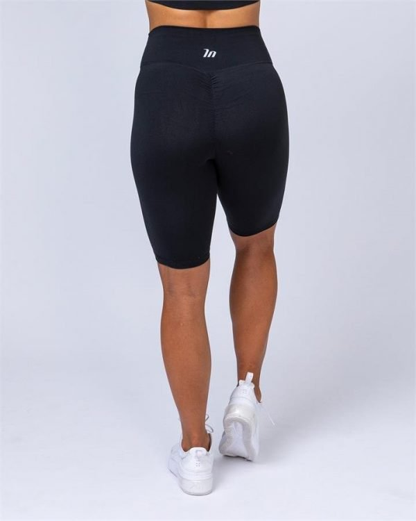 Referee Length High Waist Scrunch - Black - XXL