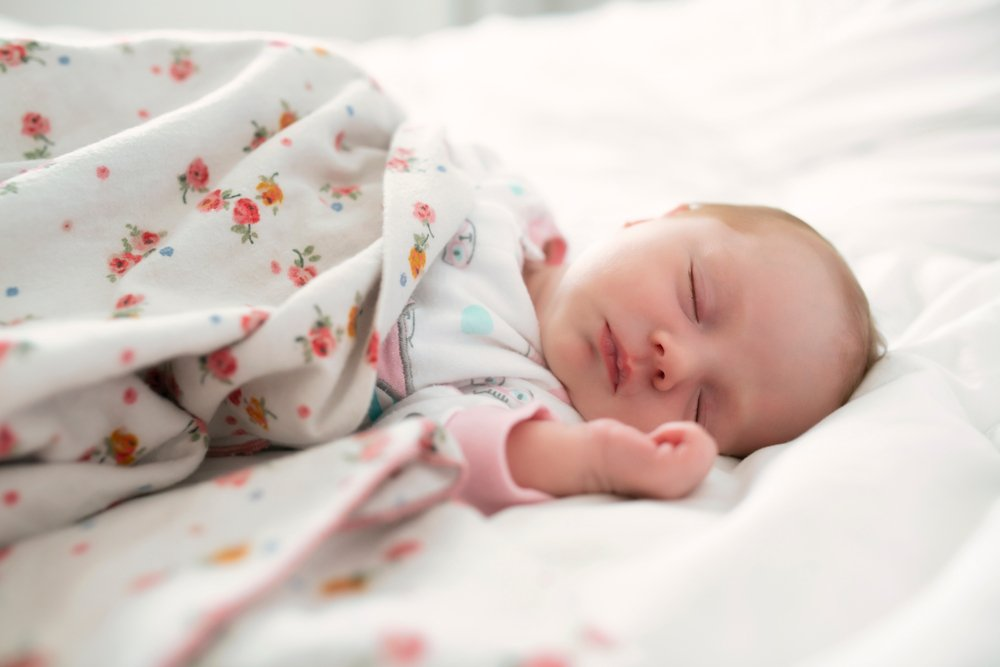 How To Choose The Best Baby Bedding Set Choose A Light Fabric