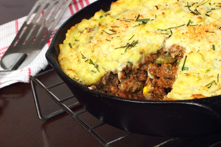 Healthy Cauliflower Shepherd's Pie