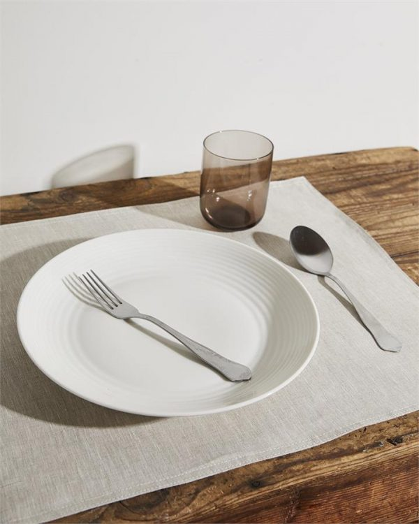 100% Linen Placemats in Oatmeal (Set of Four) - Bed Threads