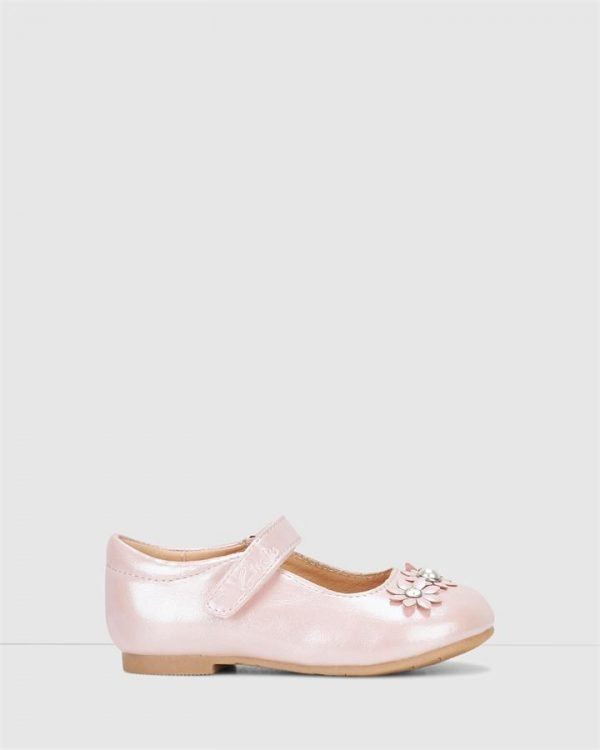 Abby Jnr Pale Pink Pearl