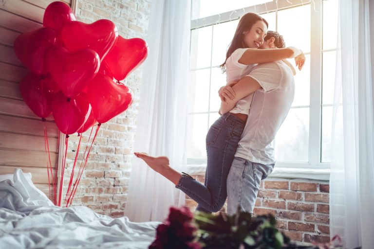 Romantic And Practical Gifts For Your First Anniversary