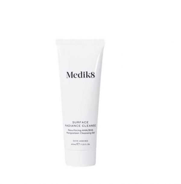 M8 Surface Radiance Cleanse Try Me Size 40ml