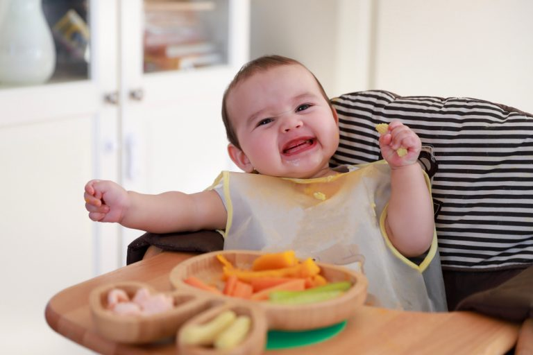 How To Introduce Baby-Led Weaning