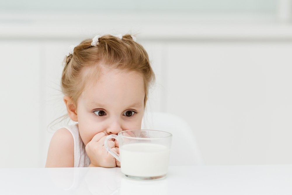 When Can I Introduce My Baby To Cow's Milk? When To Transition To Cow's Milk